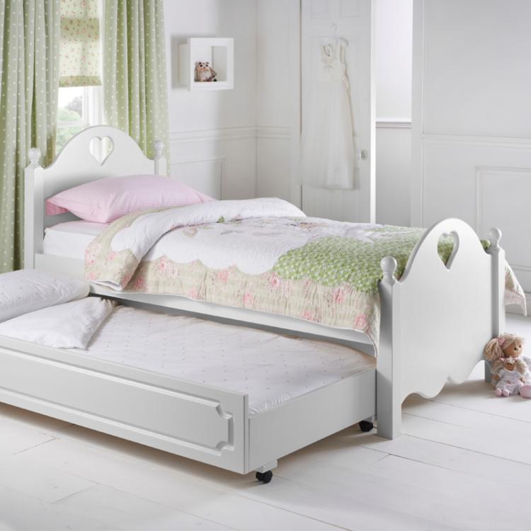 Looby Lou Truckle Bed