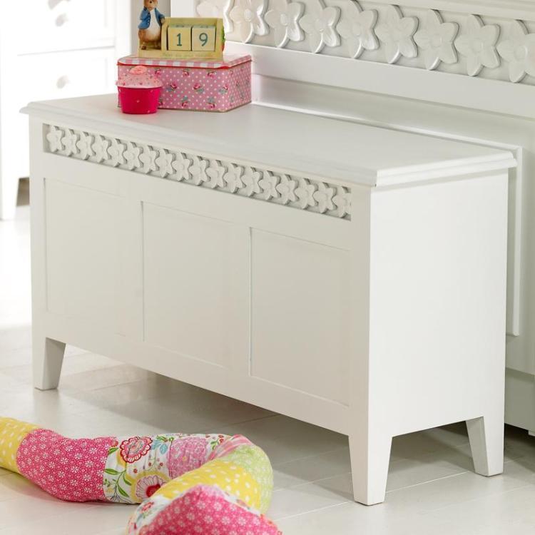 Daisy Brambles Bedding Box