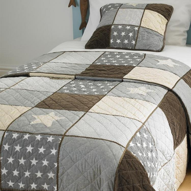 Patchwork Stars Double Bedspread - FLASH SALE
